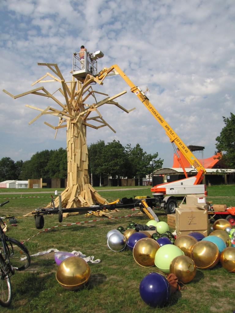 the-modest-tree-2